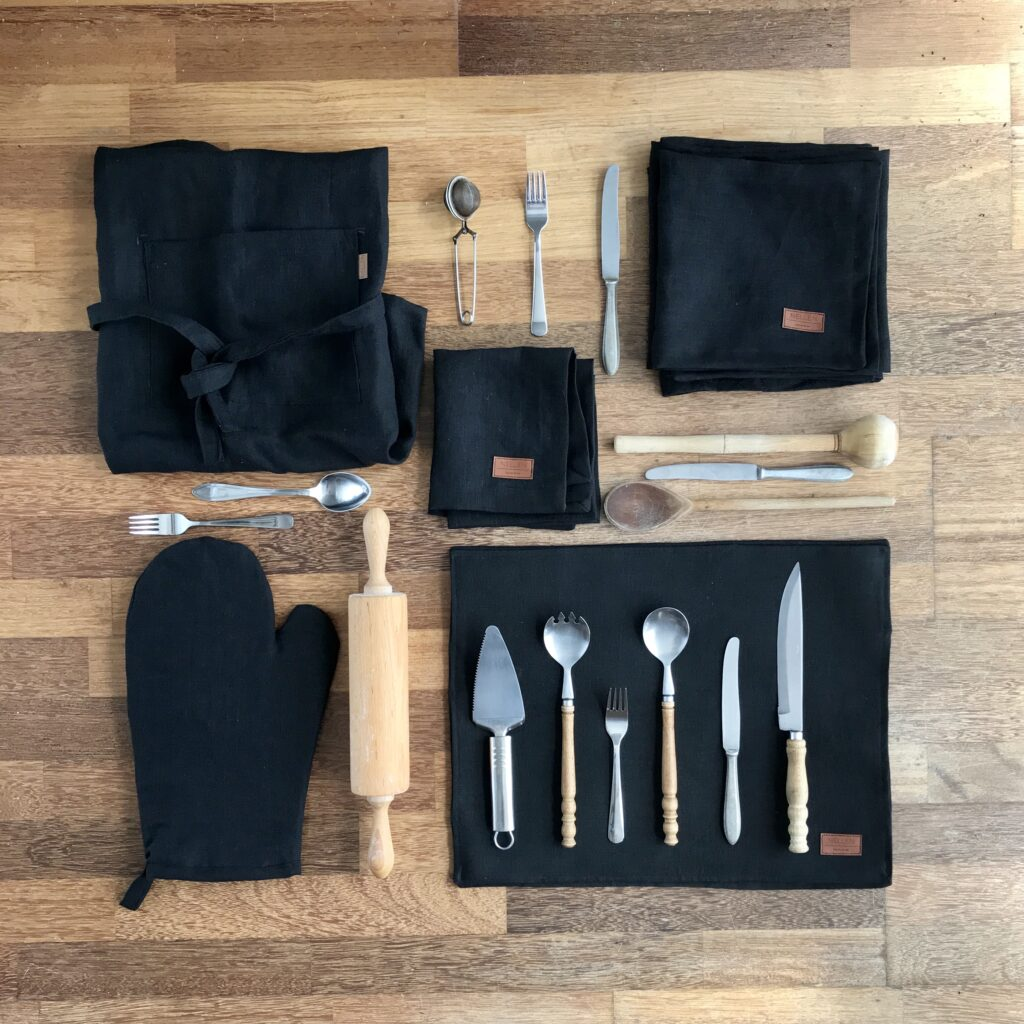 komplet-lnianych-czarnych-dodatkow-do-kuchni